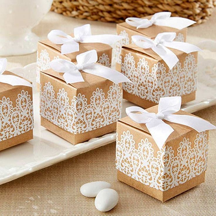 These lace inspired favour boxes from Hope and Willow would be just the thing for wrapping up your vintage wedding favours