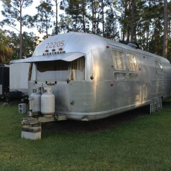 Airstream 1969 31 Sovereign Trailer In 2020 Trailers For Sale Airstream Tin Can Tourist