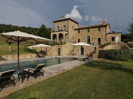 An 8 bedroom/8 bathroom Villa in Umbria Italy, 8.500.500 Euros  Buy this dream house with staged payments at ownerfunded.com
