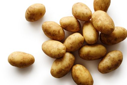 Ziemniak -  mogą go spożywać diabetycy i otyli, sprzyja pracy jelit, jest przeciwwrzodowy, ma gojące  właściwości, wzmacnia naczynia włosowate, działa zmiękczająco, uspokaja śluzówki przewodu pokarmowego, działa również przeciwskurczowo i moczopędnie oraz  przeciwnowotworowo, hamuje rozwój grzybów i bakterii, również je niszczy.