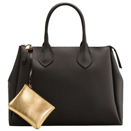Die edle schwarze Tasche mit Golddetails ist ein super Accessoires für einen modischen Business Look. ♥ ab 129,00€