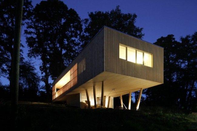 maison en bois sur pilotis architecture et photos. Black Bedroom Furniture Sets. Home Design Ideas