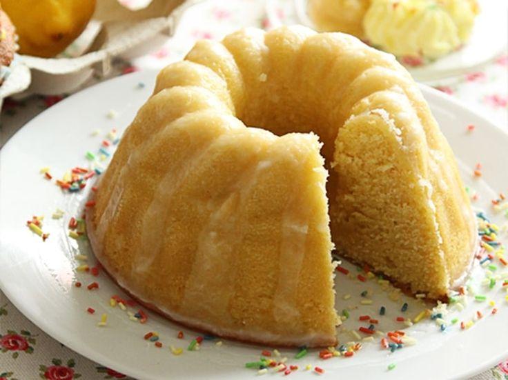 Gâteau moelleux au citron avec glaçage