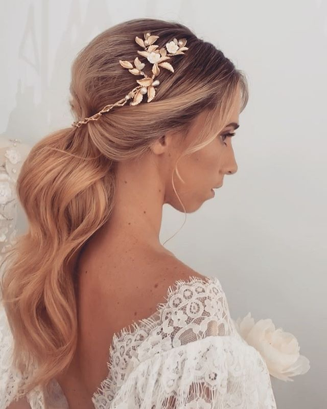 New Zealand Only 2 Spots Left For Queenstown Master Class March 15 Book Online Ulyanaaster Com In 2020 With Images Wedding Hairstyles Hair Styles Cute Hairstyles