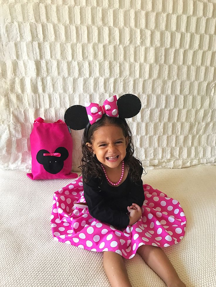 die besten 25 minnie maus kost m ideen auf pinterest mini maus kost m minni maus halloween. Black Bedroom Furniture Sets. Home Design Ideas