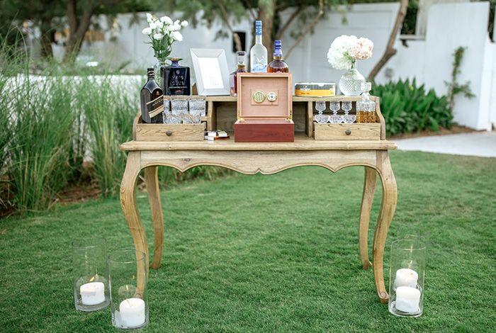 Zazoo Event Rentals, Louis Reception Table, Wedding Reception
