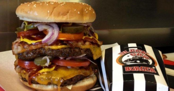 Black Cab Burger | WeLoveBudapest.com