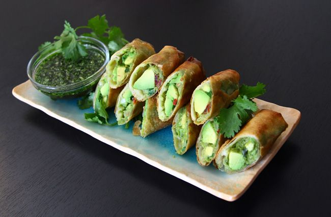 : Vegans Sweet, Fun Recipes, Cheesecake Factories, Dips Sauces, Sweet Cilantro, Spring Rolls, Avocado Eggrol, Avocado Eggs Rolls, Cilantro Sauces