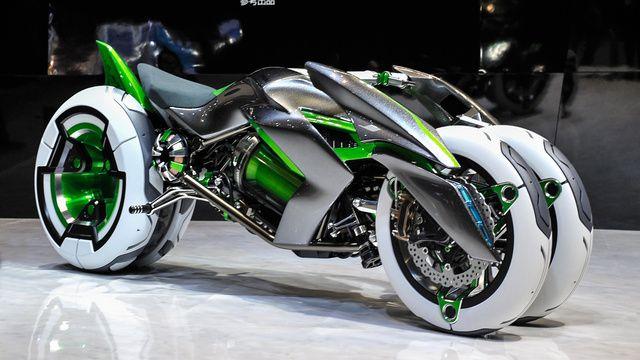 The new Kawasaki J Three Wheeler EV—presented 11.21.2013 at the Tokyo Motor Show 2013