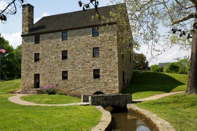 George Washington's Distillery & Gristmill, Mount Vernon: See 134 reviews, articles, and 74 photos of George Washington's Distillery & Gristmill, ranked No.2 on TripAdvisor among 4 attractions in Mount Vernon.