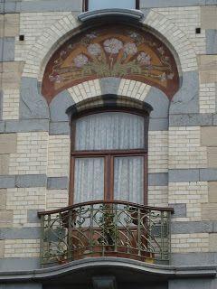 La porteuse d'eau (Saint Gilles-Bruxelles) avenue Jean Volders, 48 - 1060 Saint-Gilles, Bruxelles. Construit en 1900-1902 par Ernest BLEROT art nouveau