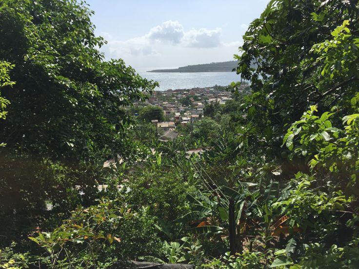 Tutto a Baracoa è un museo; la natura, le case, le strade ma soprattutto i suoi abitanti.