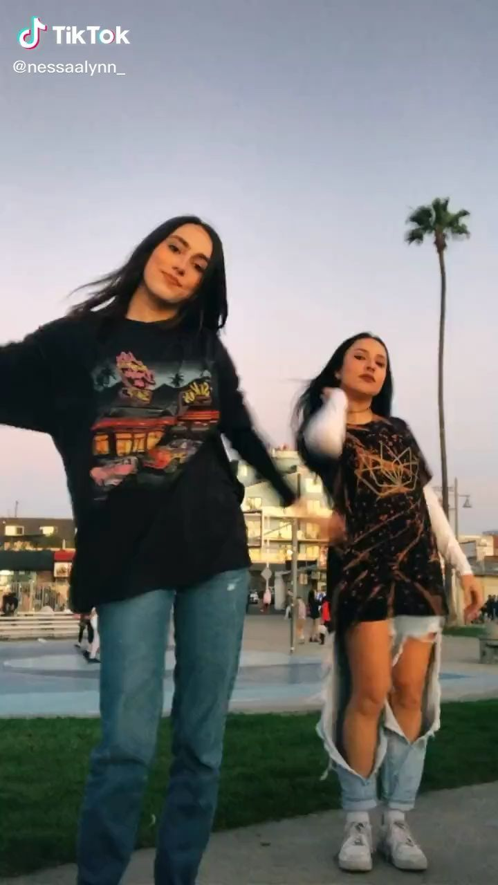 Funny Text Conversations Best Friends Funny Text Conversations Funny Text Conversations Dance Videos Cute Summer Outfits