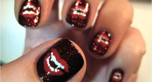 Vampire Nails!Vampires Teeth, True Blood, Vamps Nails, Rocky Horror, Halloween Nails Art, Vampires Nails, Spooky Halloween, Nails Art Design, Fingers Nails