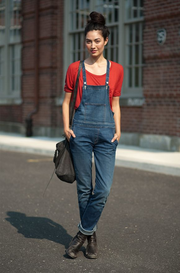 Great for full on mom days at home or a trip to the farmer's market. I love my old overalls!