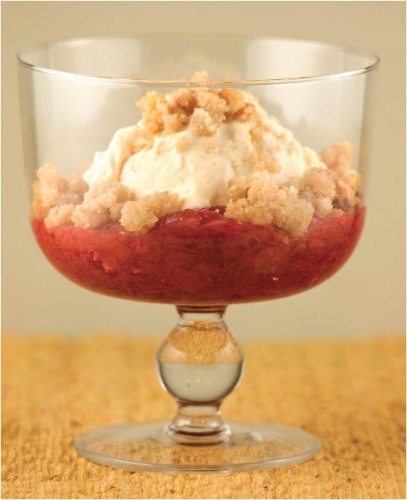 Rhubarb Sour Cream Pie | Pastries, pies, puddings & trifles | Pintere ...