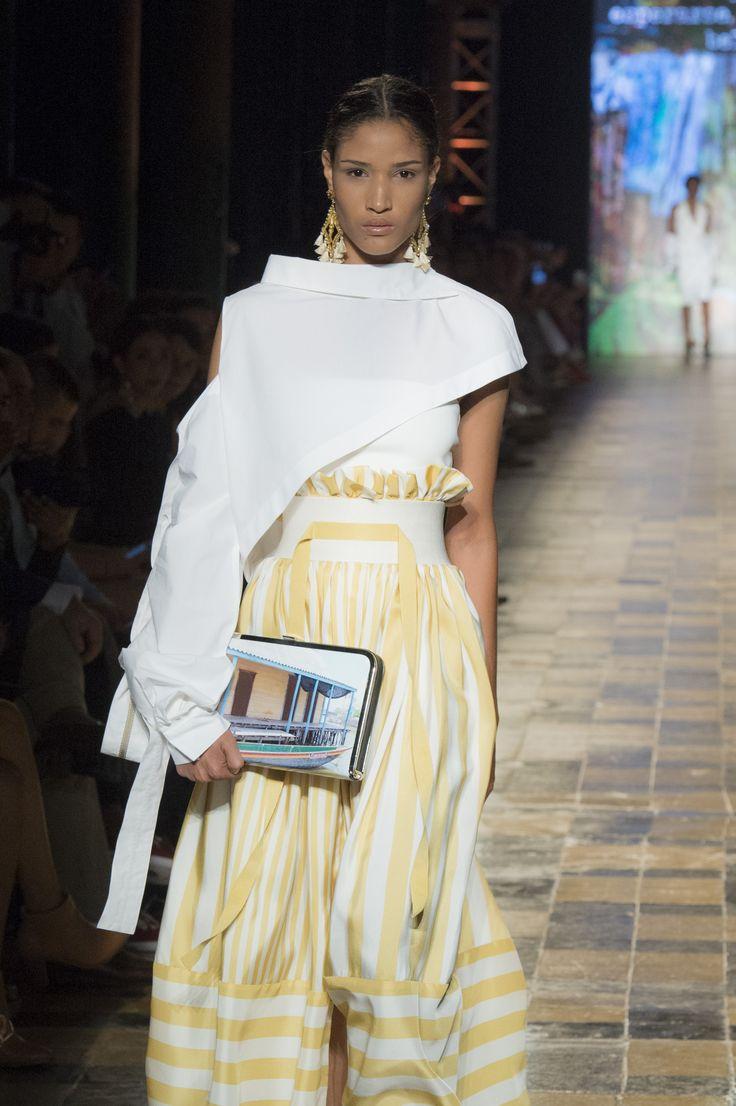 Silvia Tcherassi SS2017 Deconstructed white cotton shirt, Macondo clutch and paper bag voluminous skirt