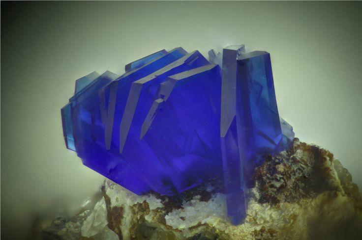 Linarite PbCuSO4(OH)2 Locality: Puechiguier, Najac, Aveyron, Occitanie, France Field of View: 2.8 mm Group of fine linarite crystals. Collection and photograph Jean-Pierre Barral Linarite is a...