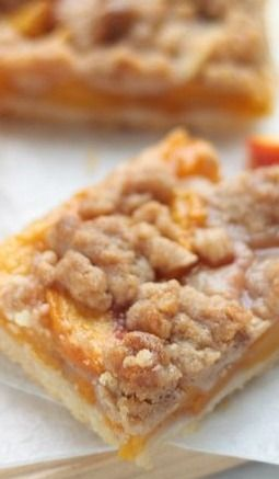 Cinnamon Streusel Peach Pie Bars - Crumbs and Chaos