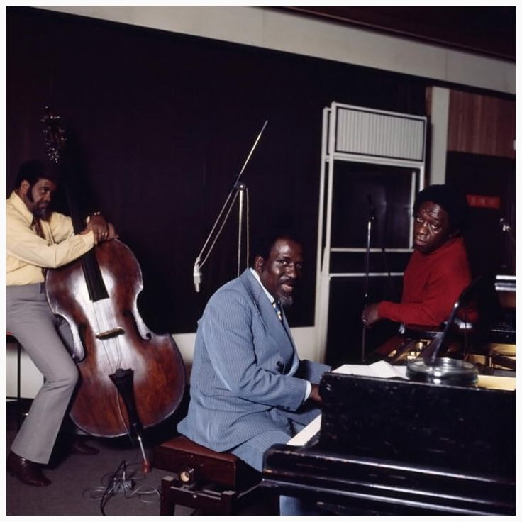thelonious monk art images | Thelonious Monk performing with Al McKibbon (L) and Art Blakey (R ...