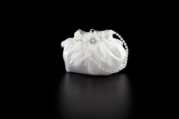 Hochzeitstasche mit Spitze besetzt in ivory von Achberger