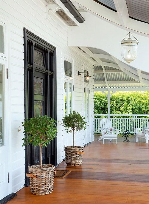 40 Fabulous Front Porches   The Blissful Bee