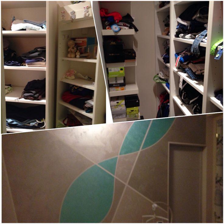 Cameretta del bambino era piccola ho fatto costruire un muro in cartongesso e dietro ho fatto una cabina armadio ( l'armadio avrebbe portato via più spazio)