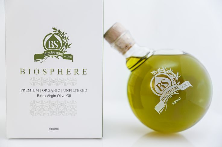 Biosphere produced by the first unripe olives, only from the few and finest specially                                                 selected olive trees, and harvested by hand in mid-October.