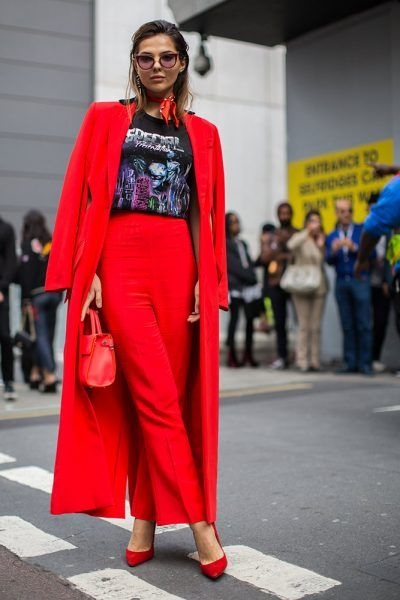 Street Style: London Fashion Week Spring 2017 - theFashionSpot
