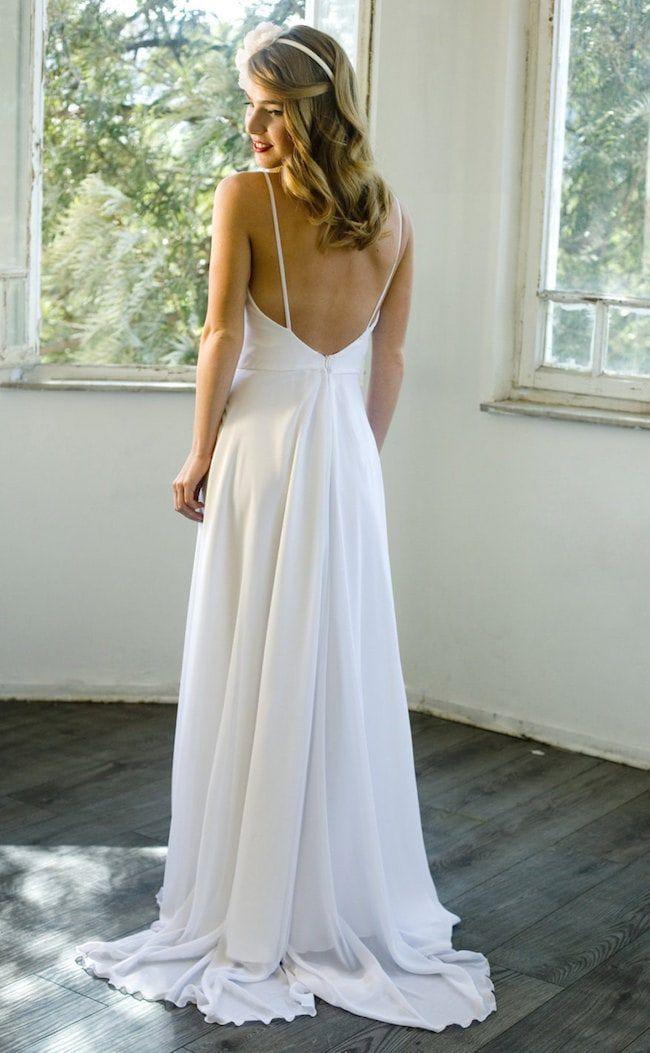 20 Elegant Minimalist Wedding Dresses