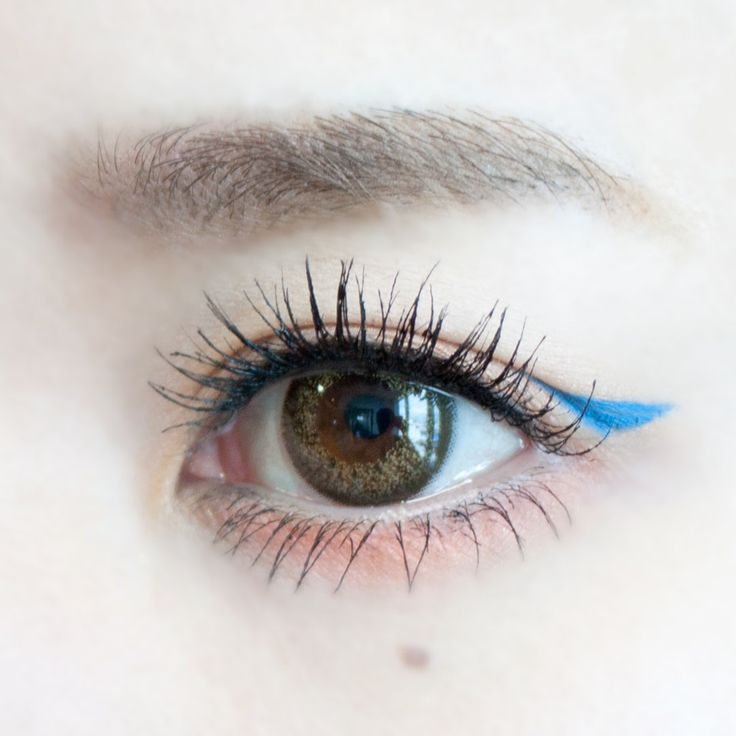 MAKE LESSON   ポイントカラーで作るプレイフルメイク   DAZZSHOP eye make & cosmetics - ダズショップ公式オンラインショップ