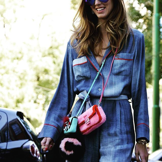 Forget at the moment the large bags -The fashion trend for this year are the tiny bags   Re-el Fashion