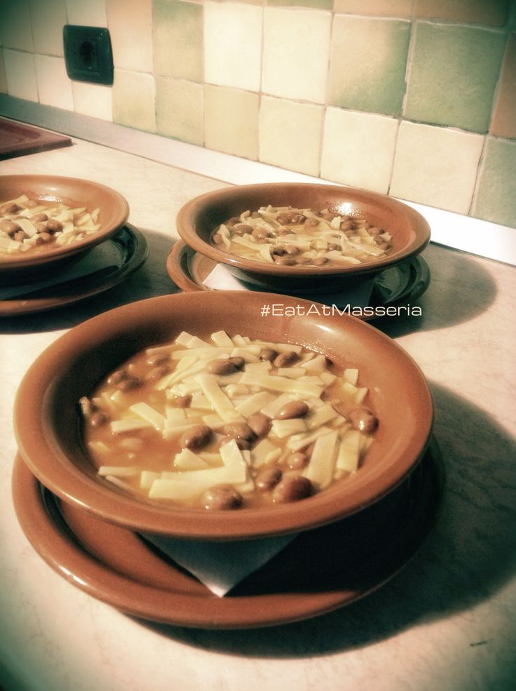 Piatto tipico dell'Alto Molise: sagne e fagioli. #moliseintavola #italiaintavola #food #italianfood #molise #ilovemasseria #masseriamontepizzi