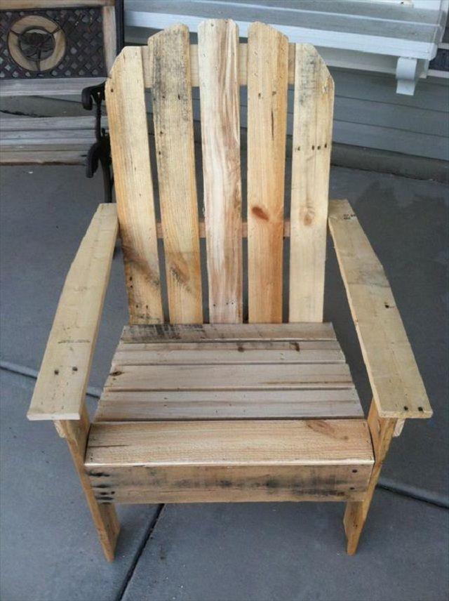 30 DIY Furniture Projects Out Of Pallets