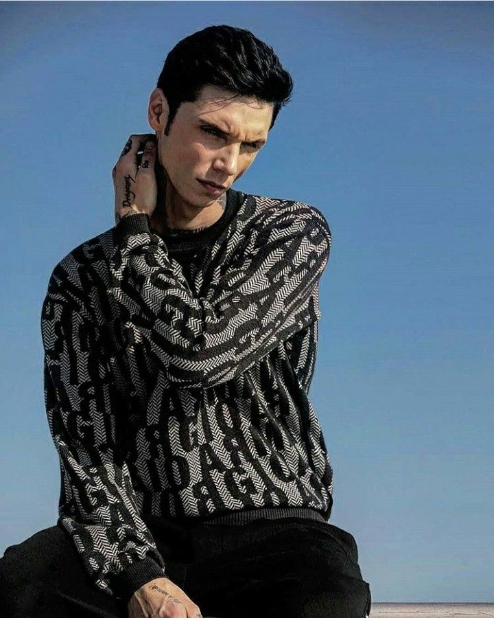 Pin by taliges on andyblack in 2020 | Andy black, Andy ...