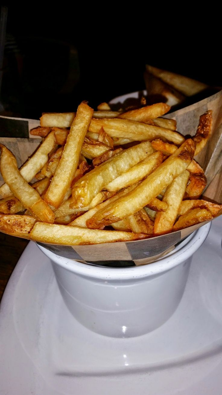 Read all about the new #MimisCafe #frites grill #menu here! There are some great new selections!