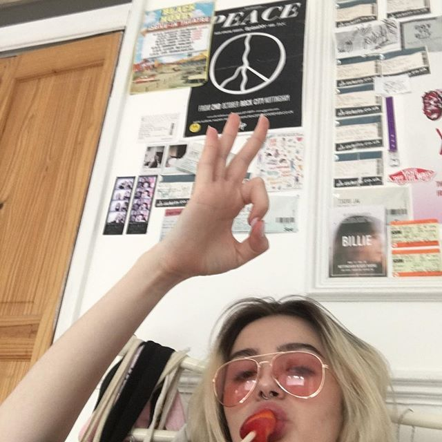 Hey YOU, if you're 18+ n are a U.K. Citizen plz register to vote u have until midnight today. DONT WASTE UR FKIN RIGHT U PUSSY ASS BITCH. Truss if I was 18 n a citizen I'd b poppin dat vote more than khia poppin her pussi. JuSt please vote . Most preferably labour. Plz thanks xx AND REMEMBER GOD DAMN REGISTER U HOE