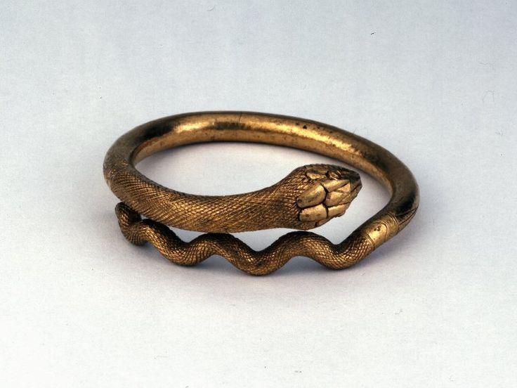 Gold bracelet in the form of a coiled snake. Roman Date1stC Pompeii(Europe,Italy,Campania,Naples (province),Pompeii) Diameter: 7.62 centimetres