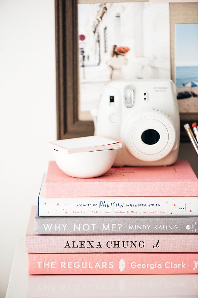 how to be parisan wherever you are || why not me? by mindy kaling || it by alexa chung || pink books