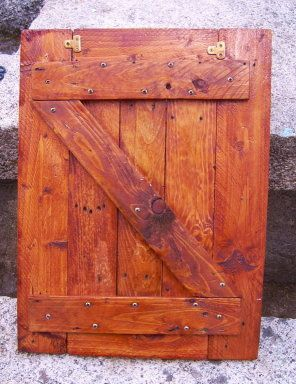M s de 1000 ideas sobre puertas de madera rusticas en for Puertas corredizas de palets