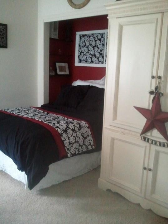 21 best images about bedroom on pinterest bed in closet for Bunk beds in closet space