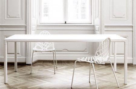 Witte tafel in aluminium en essenhout - White Ash Hay