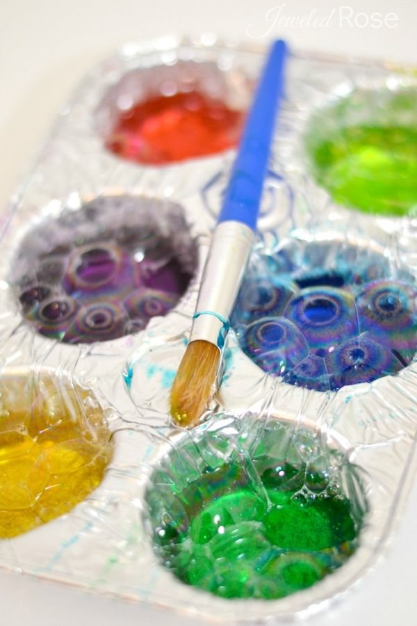 BUBBLE Paint Recipe- what could be more fun than painting with colorful bubbles? This is one of my kids favorite homemade paints, and it is SO EASY to make!