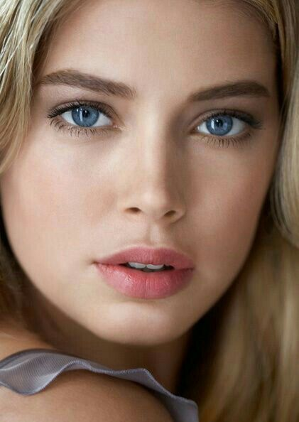 A Beautiful Face, Gorgeous Blue Eyes, Pushy Lips And A -5573