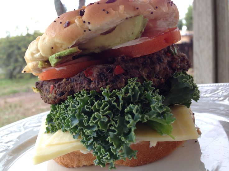 hamburguesa de frijoles negros realmente deliciosa