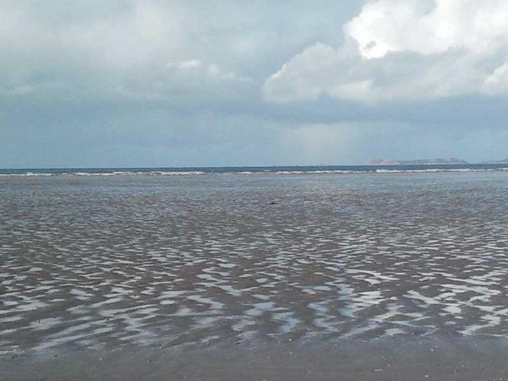 """L'océan au loin et la plage nue - En lien avec la quatrième partie du poème """"Les pauvres gens"""", de """"La Légende des siècles"""" de Victor Hugo, dit par Pierre-François Kettler."""