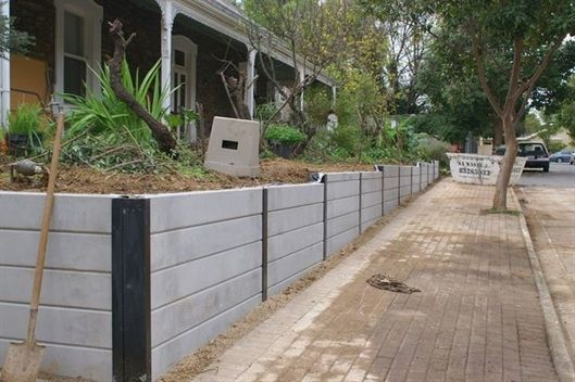 Pin By Petrova Aleksandra On Fantasy Landscape In 2020 Landscaping Retaining Walls Concrete Sleepers Concrete Retaining Walls