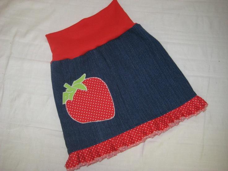 Mitwachsrock    Gr.  86 92       Praktisch und flexibel! Dieser mitwachsende Babyrock ist für das Kleine bequem zu tragen und der Mama vereinfacht es