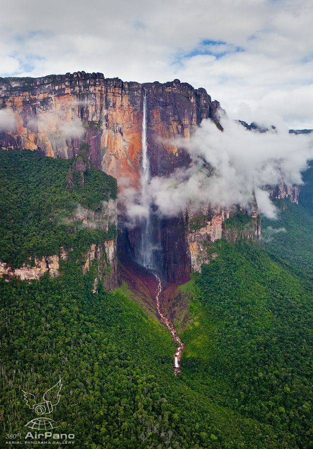 Angel Falls (Salto Angel). Canaima National Park, VENEZUELA. Tallest waterfall in the