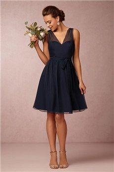 A-Line/Princess V-neck Knee-length Chiffon Bridesmaids Dress